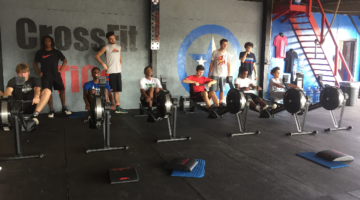 Mount Pleasant Tiger basketball team players cross training with CrossFit. (Daily Tribune)
